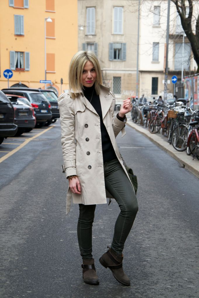 Trench: Classy and Sporty